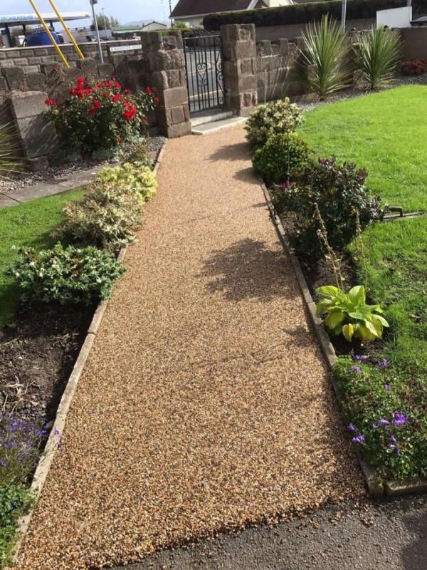 Resin Pathway around house – Towyn